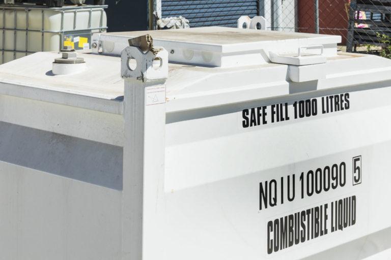 bloc1000-self-bunded-fuel-storage-tank-lid
