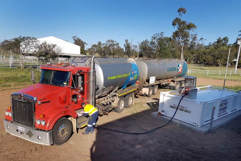 refueling of 10000 litre self bunded tank