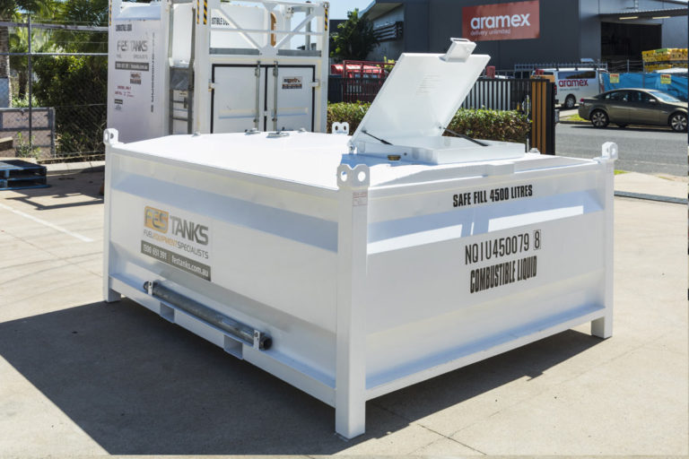 lid of 4500 litre self bunded tank