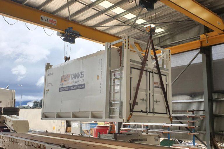 loading-30000l-aboveground-fuel-storage-tank