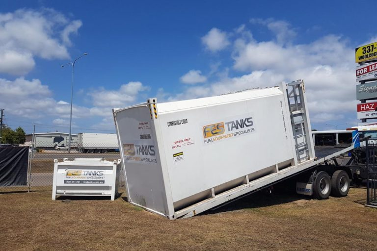 unloading-30000l-aboveground-fuel-storage-tank